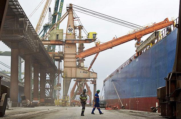 Porto de Santos tem 60 vagas para estivador