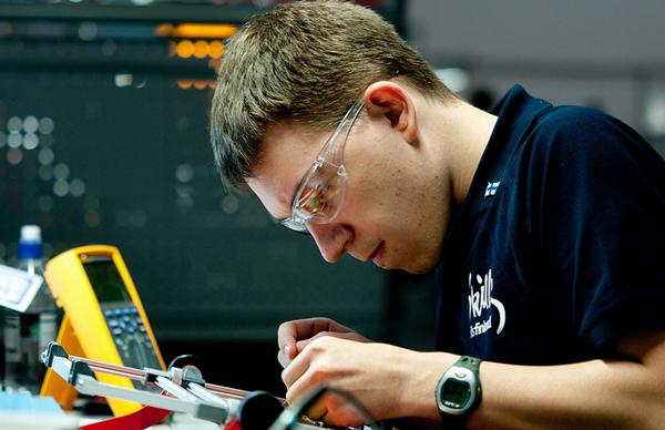 Fluke incentiva educação profissional e fornece seus equipamentos aos jovens competidores da WorldSkills