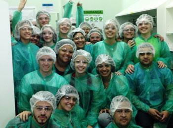 Estudantes de Farm�cia do UNIFESO