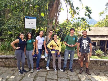 Estudantes do UNIFESO são voluntários em projeto de conservação no PARNASO
